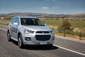 Rod and Sheryl Easdown try the Holden Captiva LS