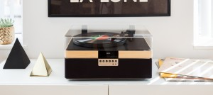 05 Plus Record Player b